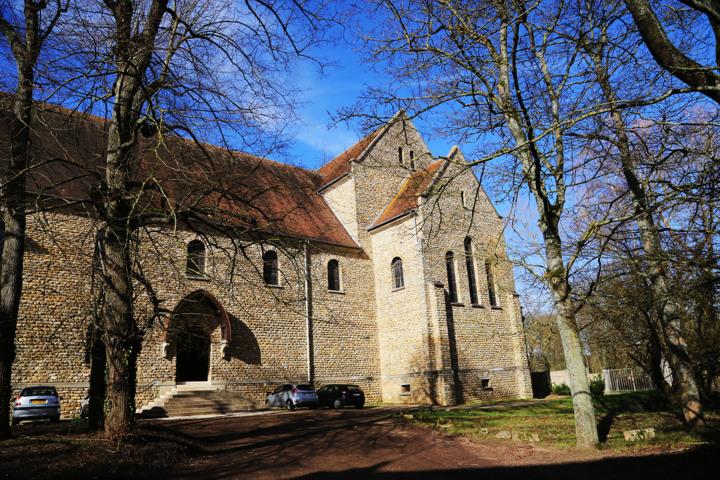 Abbaye St Louis du Temple