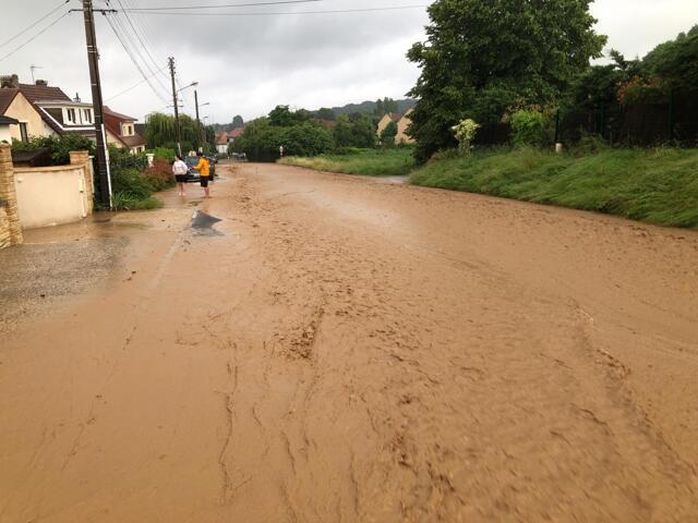 Inondation Vauhallan